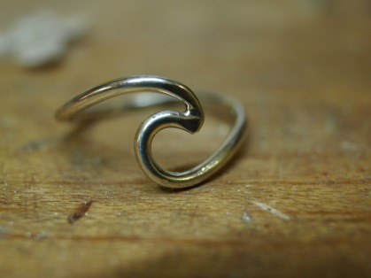 Wave ring.